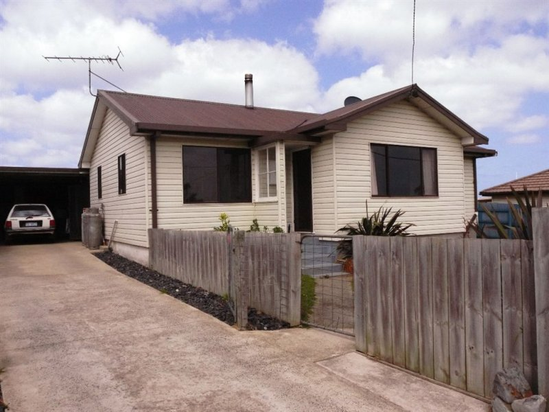 18 Albert Street, Currie, Tas 7256