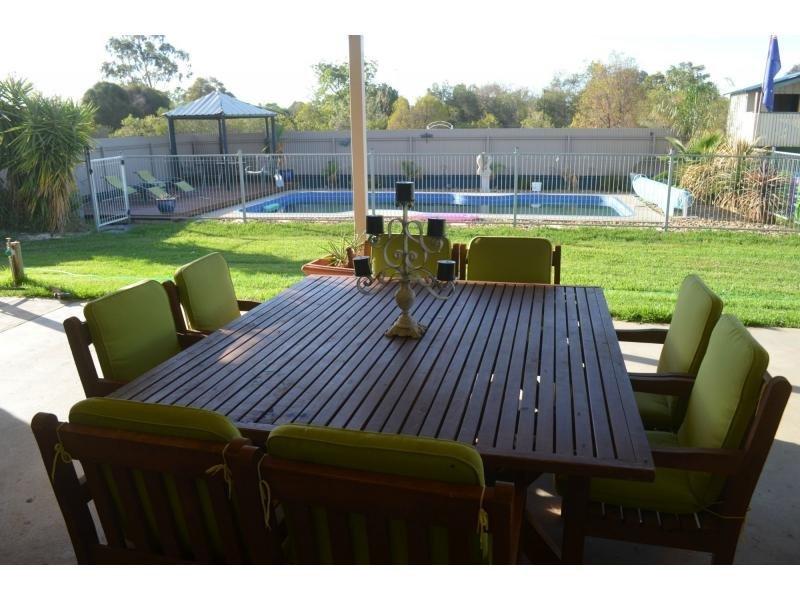 114 McCrabb Road, Deniliquin, NSW 2710