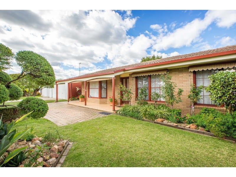 358 Parkland Crescent, Lavington, NSW 2641