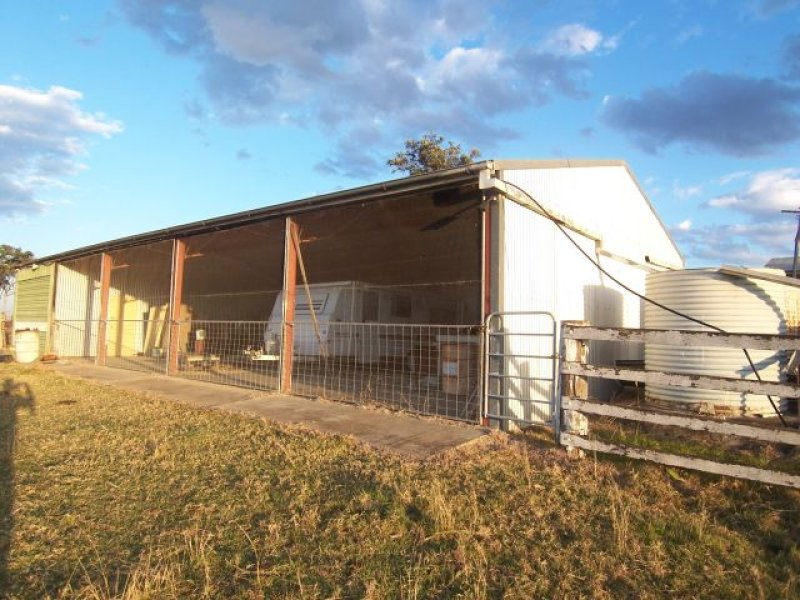 2194 Warrego Hwy, Haigslea, Qld 4306