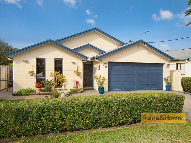 18 Davis Street, Booker Bay, NSW 2257