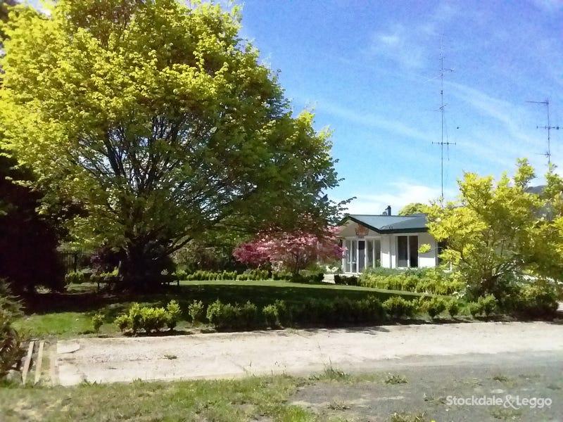 1010 Telegraph Road, Sailors Falls, Vic 3461
