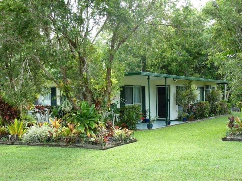 216 Cape Hillsborough Road, Ball Bay, Qld 4741