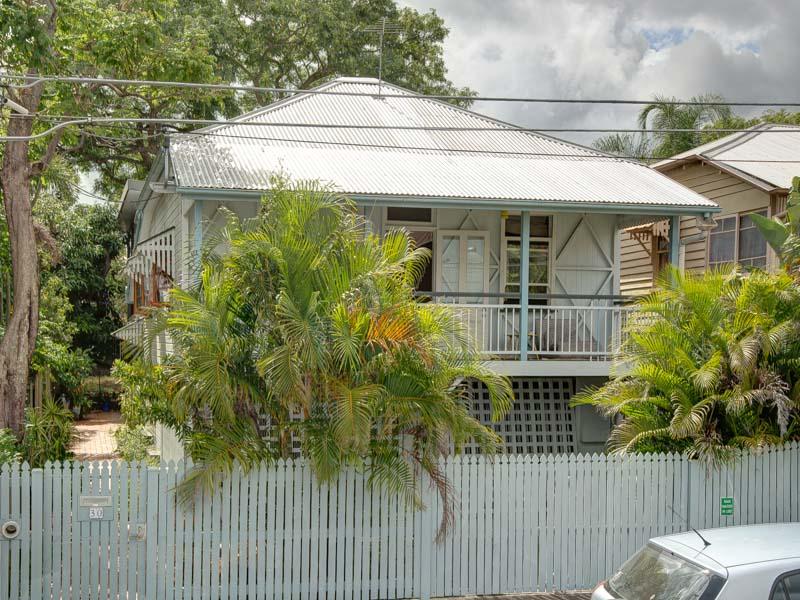 30 Cedar Street, Greenslopes, Qld 4120