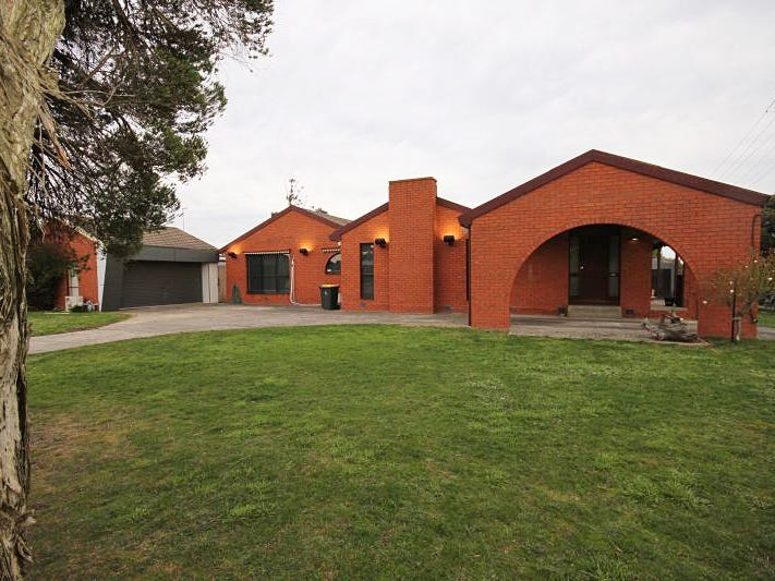 213 Greenhalghs Road, Delacombe, Vic 3356