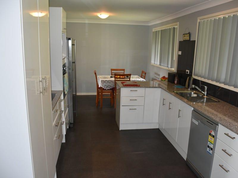 11 McKenzie Place, Raymond Terrace, NSW 2324