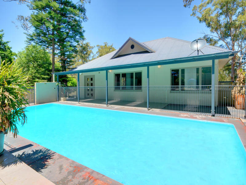 29 Manor Road, Hornsby, NSW 2077
