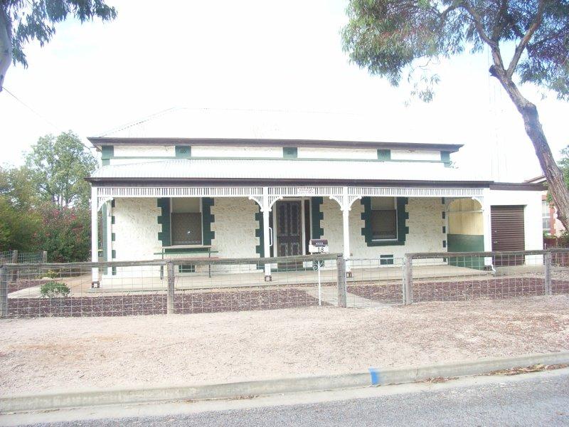 18 Elizabeth Street, Wallaroo, SA 5556