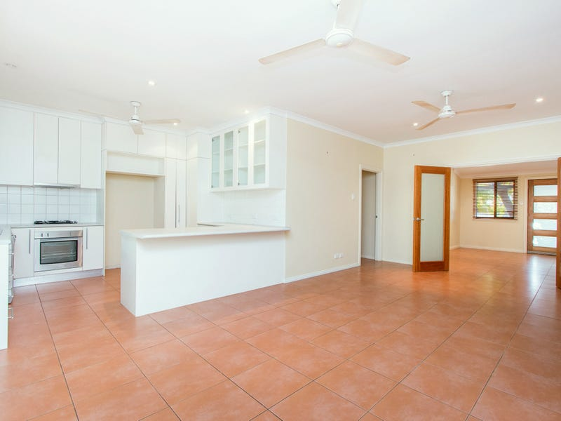 9 Barnsley Place, Cable Beach