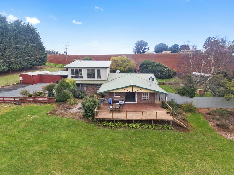 140 Hardys Road, Penguin