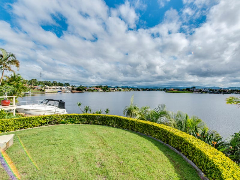 94 Port Jackson Boulevard, Clear Island Waters, Qld 4226