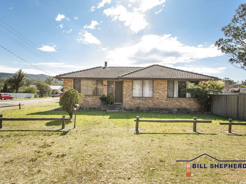 24 Park Street,, Killingworth, NSW 2278