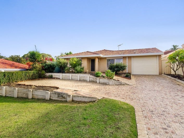 14 Plumdale Way, Woodvale, WA 6026