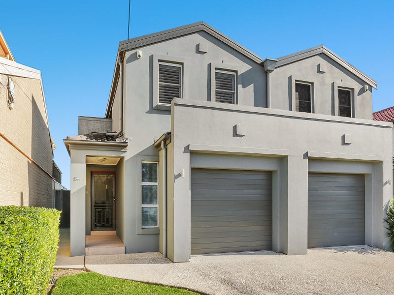 8A Mitchell Street, Chifley, NSW 2036