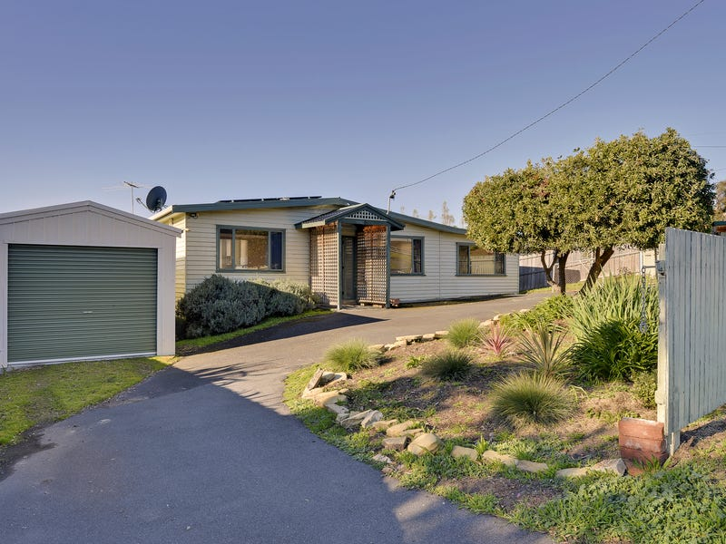 6 Junction Street, Dodges Ferry, Tas 7173