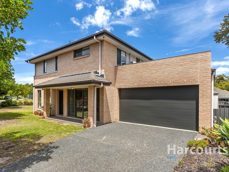 35 Ironbark Drive, Fern Bay, NSW 2295