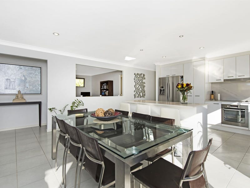 24 Ellenborough Avenue, Ormeau Hills, Qld 4208