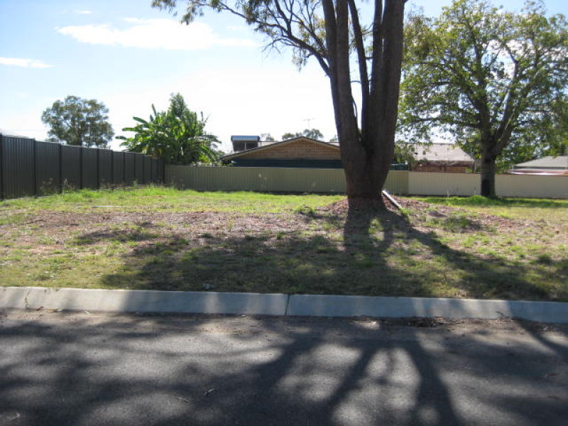 4 Cosgrove Court, Clermont, Qld 4721