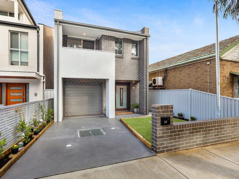 37 Universal Street, Eastlakes, NSW 2018