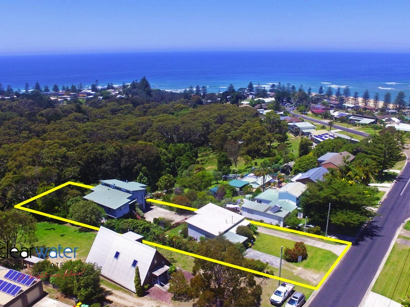 12 Craddock Rd, Tuross Head, NSW 2537