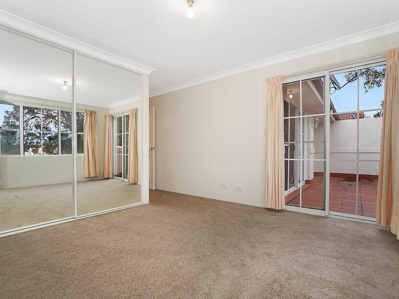 8/18  Daintree Way, Menai, NSW 2234