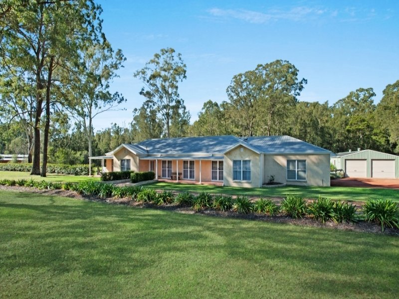 8 South Esk  Drive, Seaham, NSW 2324