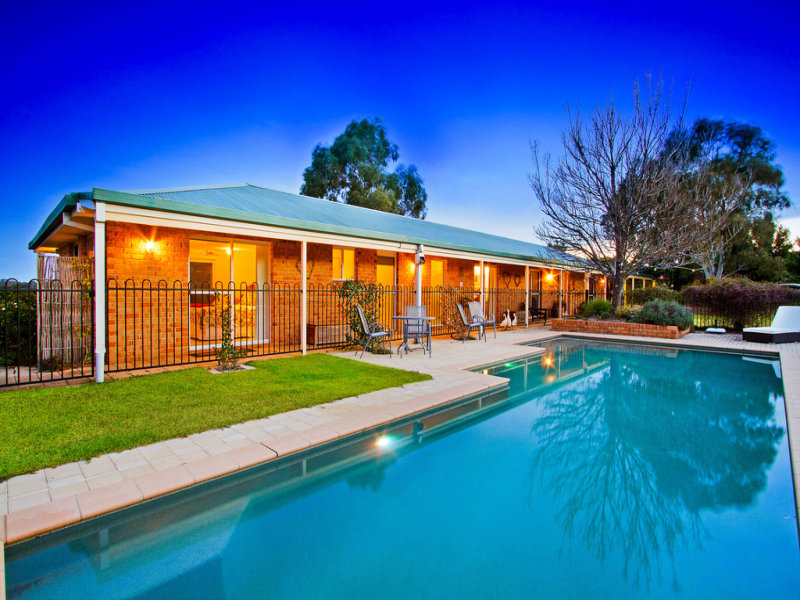 82 Diamond Hill Drive, Kurrajong Hills, NSW 2758
