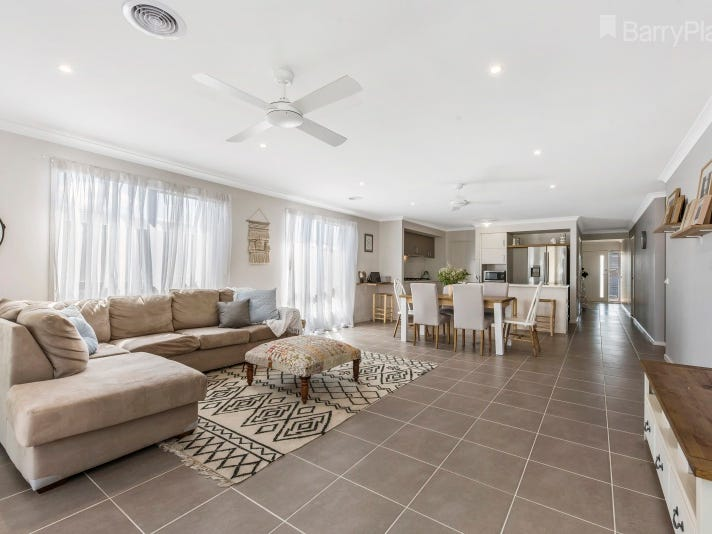 18 Seagrass Street, Leopold, Vic 3224