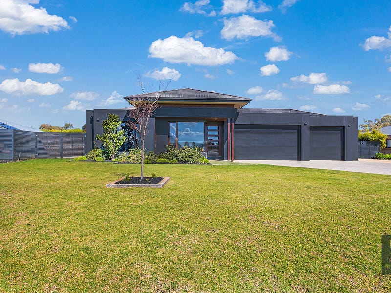 7 Bottlebrush Drive, Moama, NSW 2731