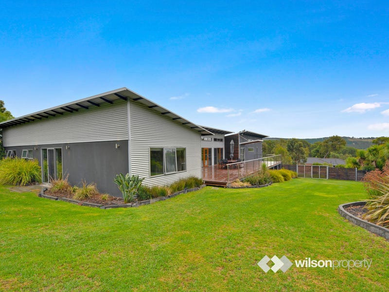 22 Cashmere Drive, Traralgon South