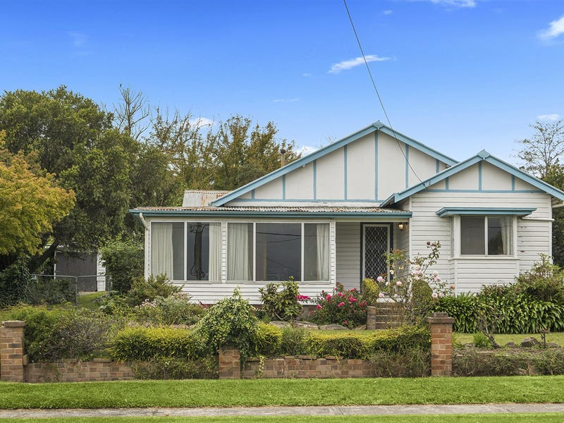 32 Elizabeth Street, Moss Vale, NSW 2577