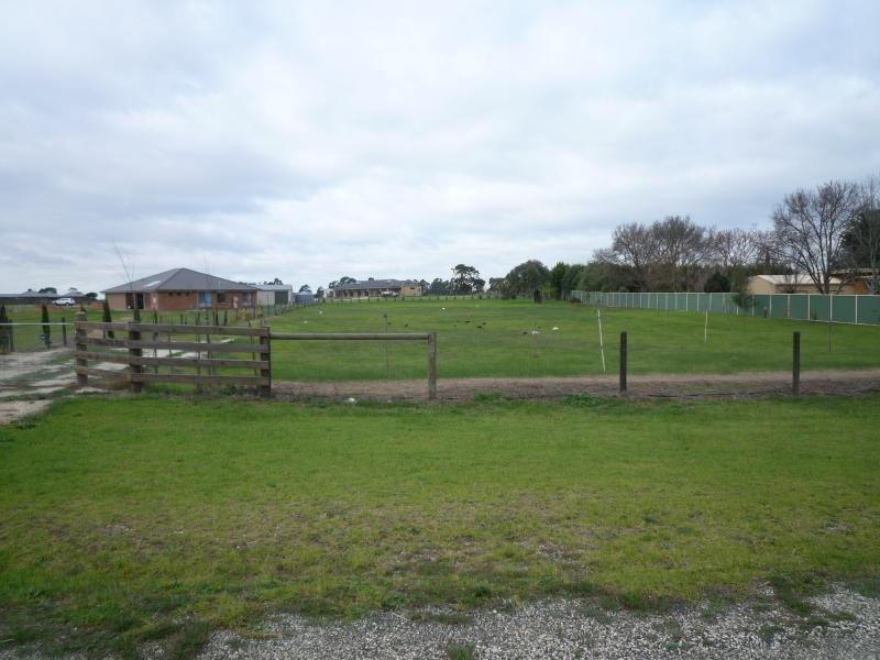 1684 Settlement Road, Pearsondale, Vic 3851