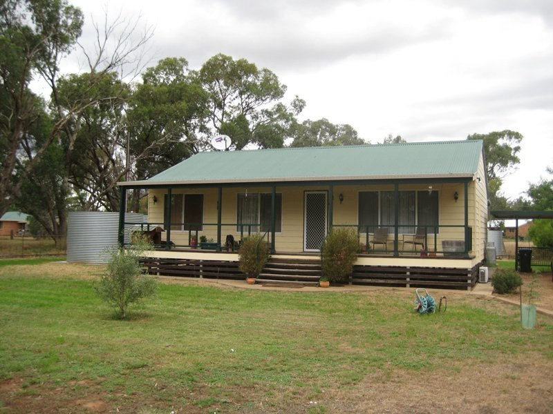9 Nardoo Street, Ballimore, NSW 2830