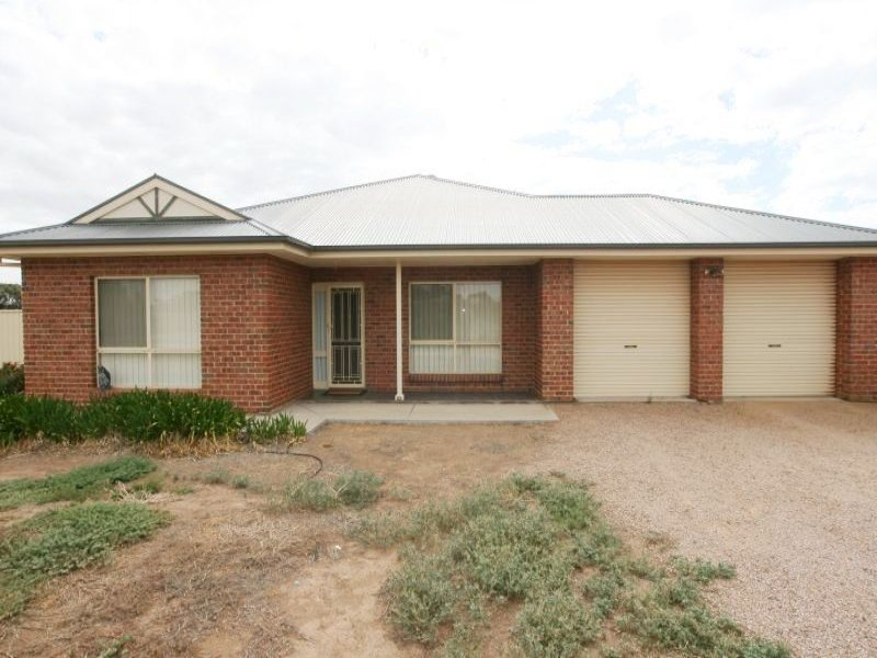 18 Richards Road, Port Broughton, SA 5522