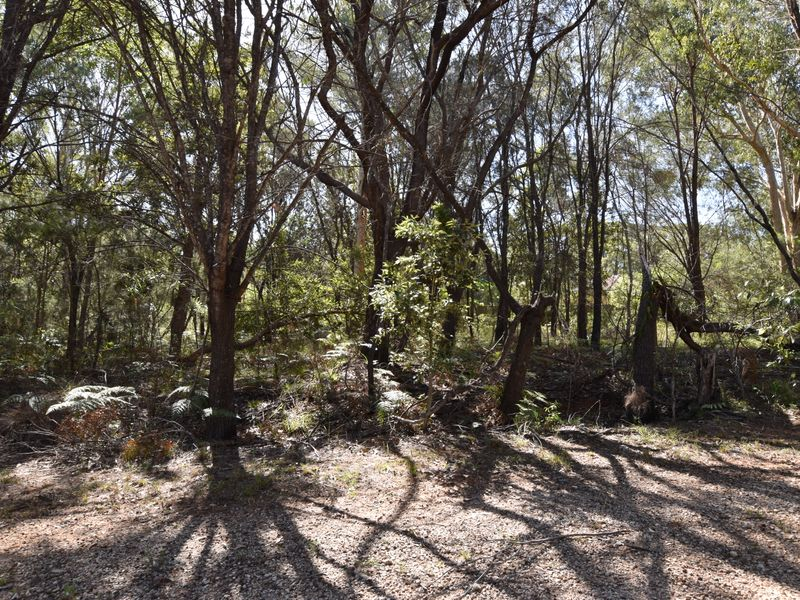 18 Castlewood, Russell Island, Qld 4184