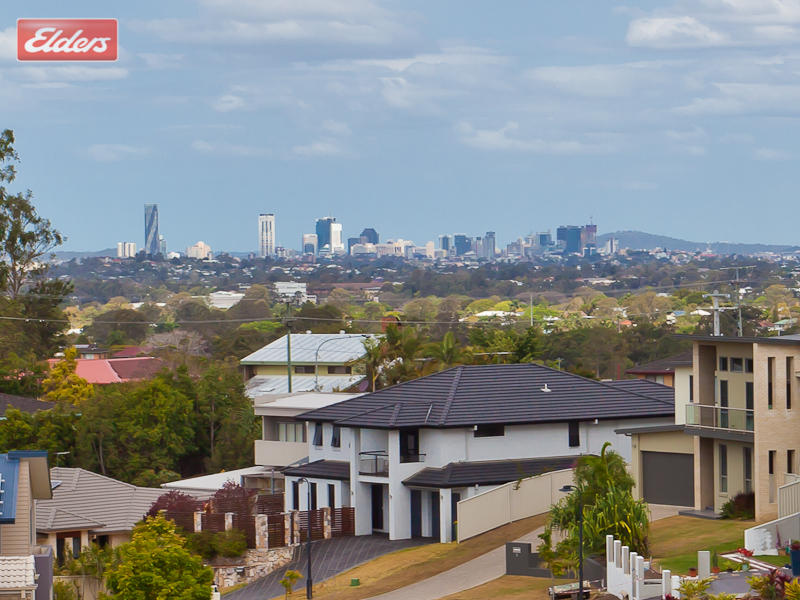 1137 South Pine Road, Everton Hills, Qld 4053