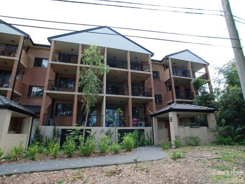 10/1 Batley Street, Gosford, NSW 2250