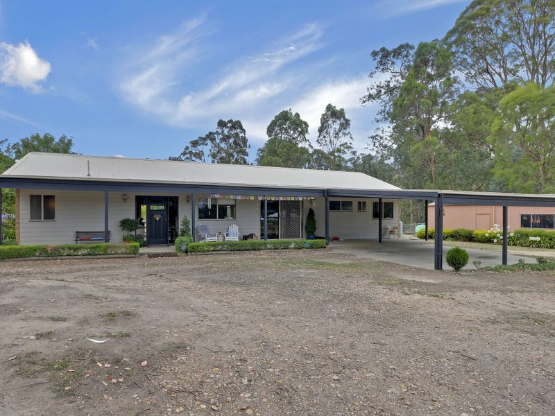 36 Fox's Road, Toongabbie, Vic 3856