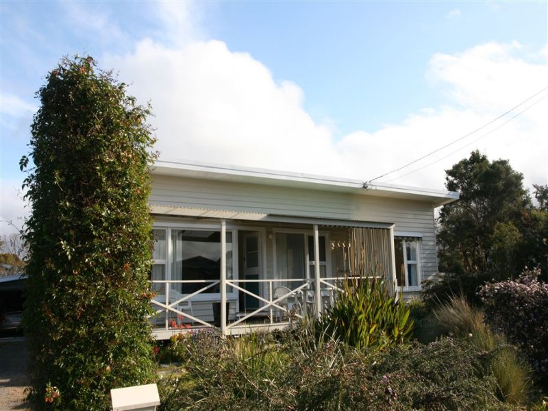 3 Reserve Street, Binalong Bay, Tas 7216