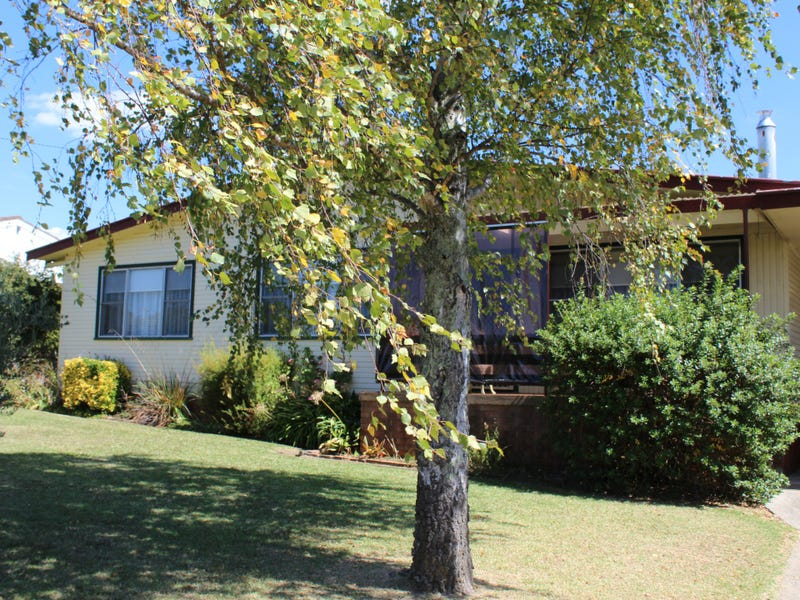 74 Hunter Street, Glen Innes, NSW 2370