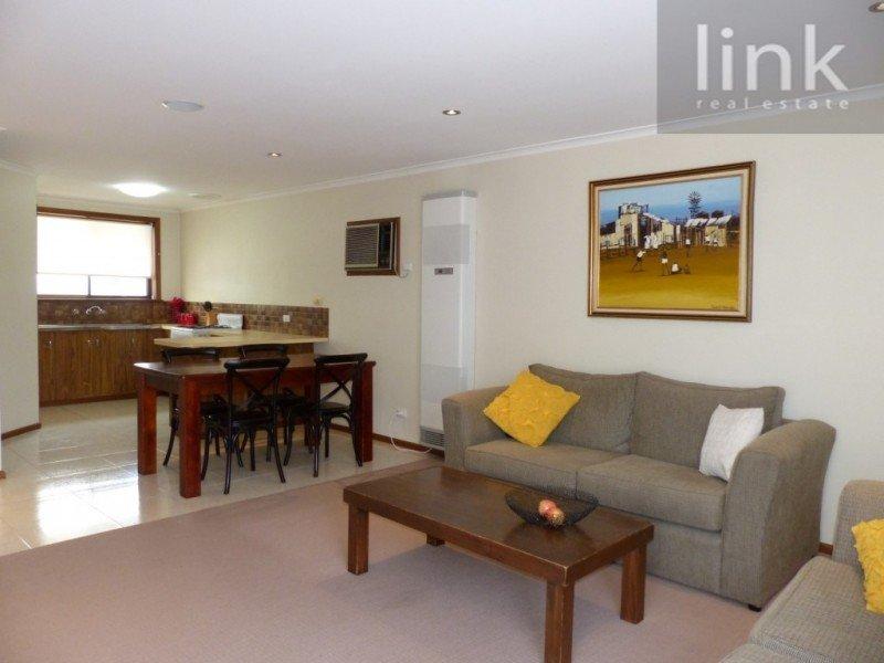 1/120 Bilba Street, East Albury, NSW 2640