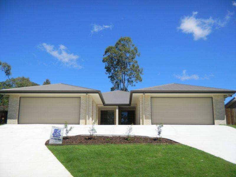 2, 7 Rocklea Drive, Southside, Qld 4570