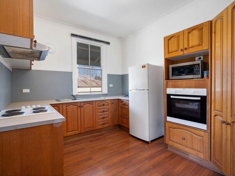 6 Shadforth Street, Molong, NSW 2866