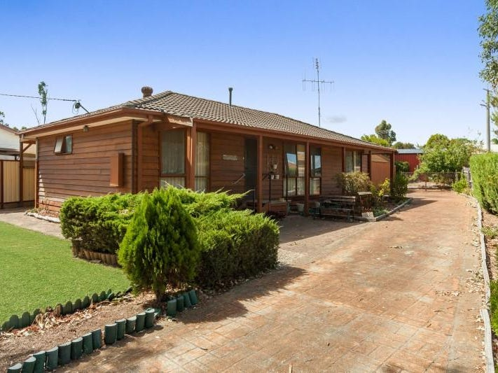 11 Mia Mia Road, Broadford, Vic 3658