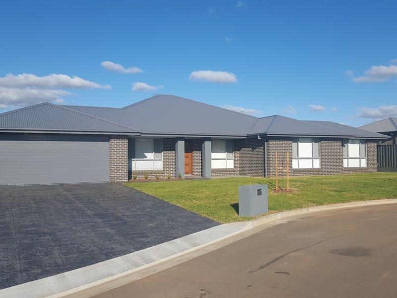 11 Illawarra Place, Tamworth, NSW 2340