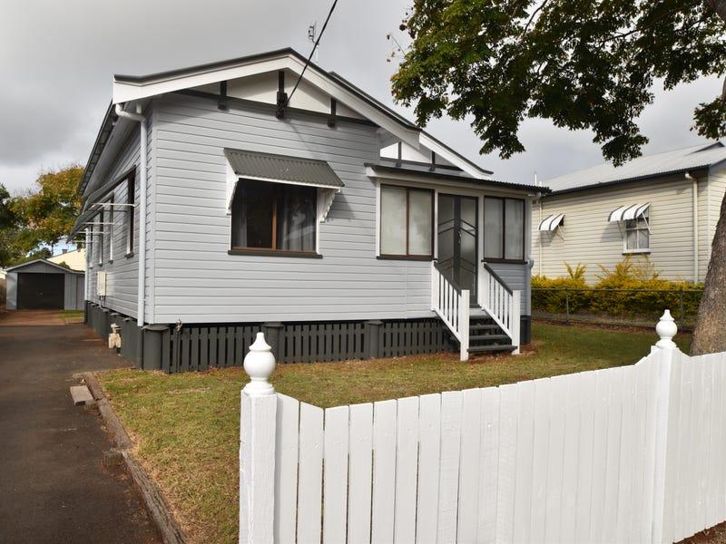 42 Clark Street, South Toowoomba, Qld 4350