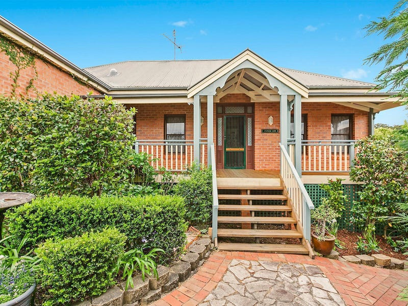 8 Cypress Close, Springfield, NSW 2250