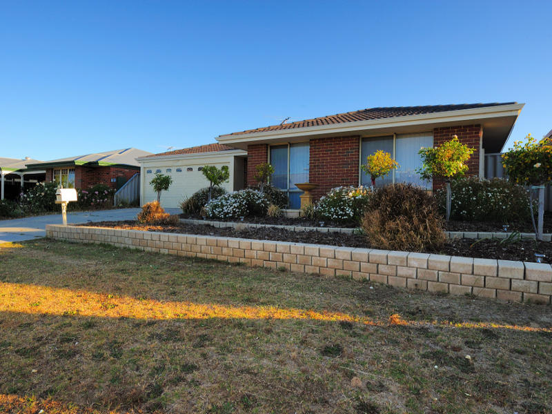 58 Gentle Circle, South Guildford, WA 6055