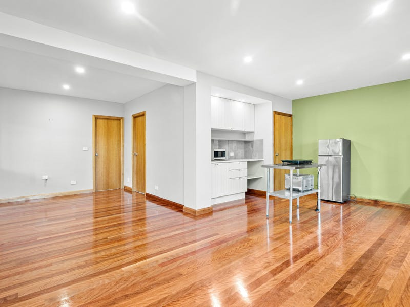 49a Booreea Boulevard, Cordeaux Heights, NSW 2526