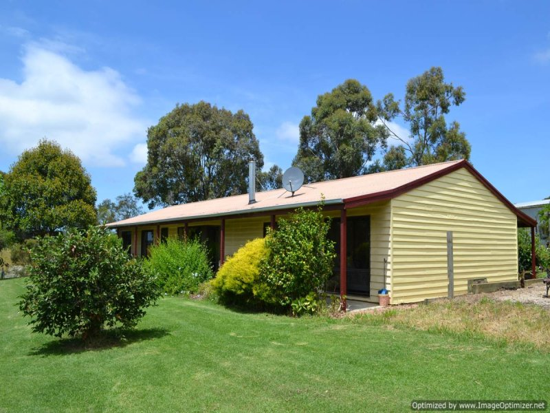 26 Johnsons Road, Bumberrah, Vic 3902